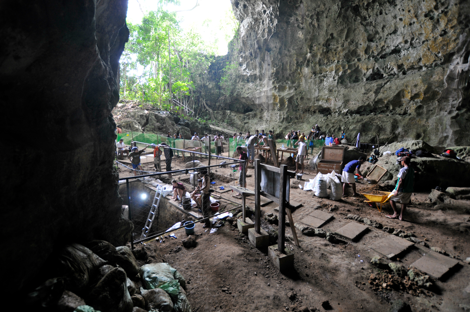callao-cave-inline-x