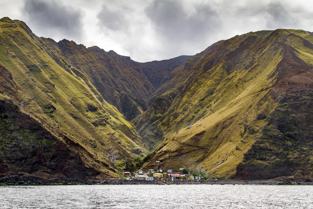 island-conservation-science-alejandro-selkirk-shoreline