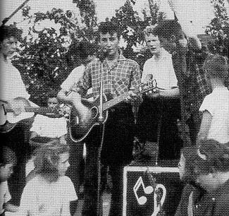 The_Quarrymen_St_Peters_fete