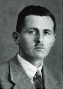 Charles-Fraser-Smith-q