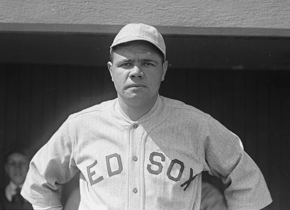 990px-Babe_Ruth_Red_Sox_1918