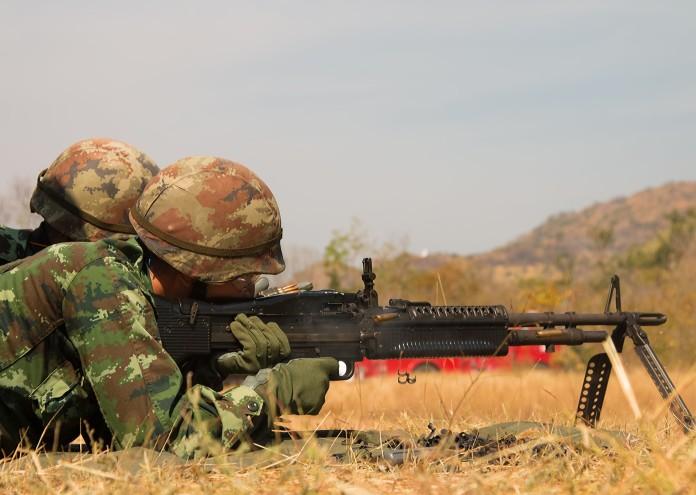 armed-army-gun-35825