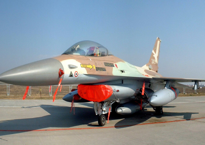 IAF_F-16A_Netz_243_CIAF_2004