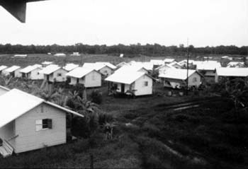 Jonestown_Houses