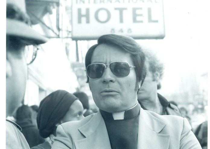Rev._Jim_Jones,_1977