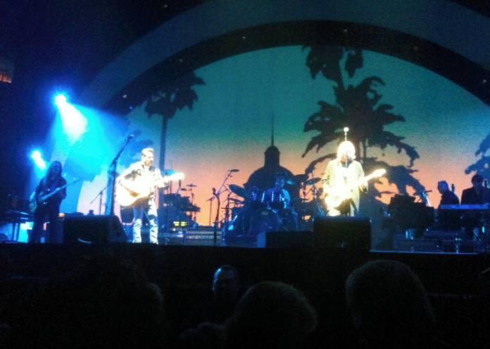 The_Eagles_in_Concert_2010_-_Hotel_California