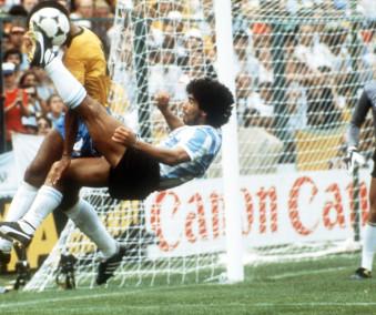 1982 FIFA World Cup: Brazil - Argentina 3:1