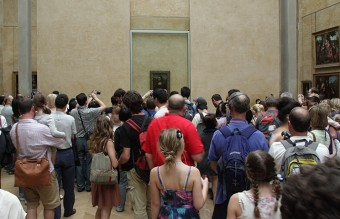Mona-lisa_in_the_Louvre
