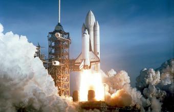 Space_Shuttle_Columbia_launching