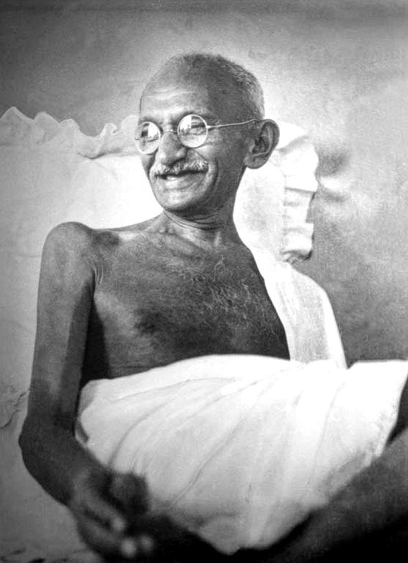 Gandhi_smiling_1942