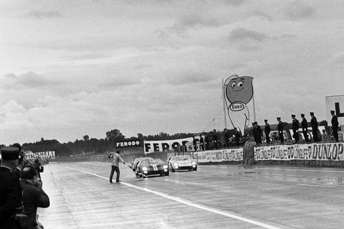 Bruce McLaren, Ken Miles, 24 Hours Of Le Mans