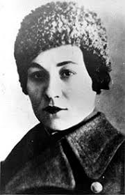Мария_Васильевна_Октябрьская_(1905—1944)_—_Герой_Советского_Союза