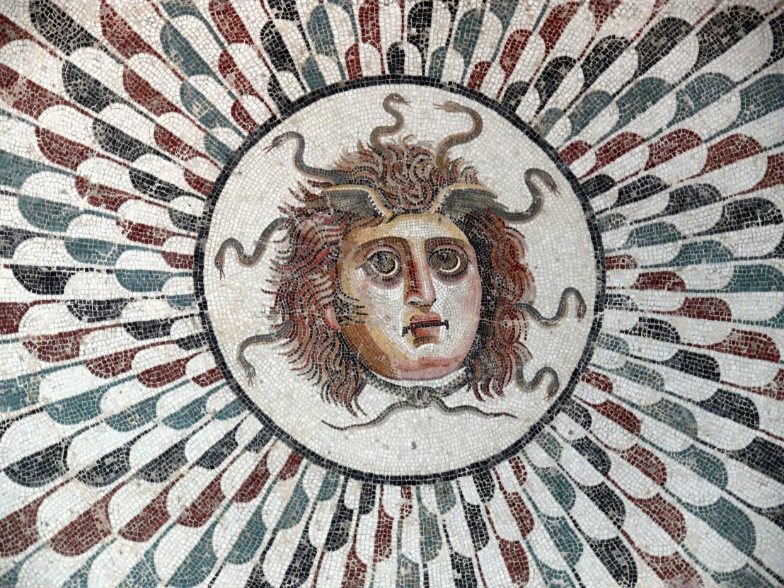 Sousse_mosaic_Gorgon_03