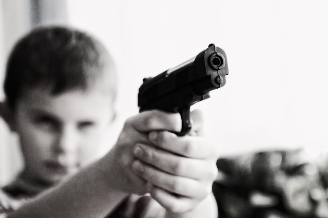 blur-child-gun-52984