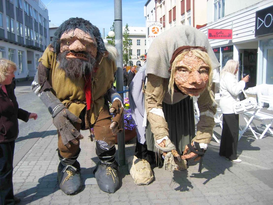Folklore_Figures,_Akureyri_(4899034211)