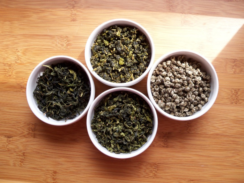 Four_GreenTeas_in_White_Bowls_-1_(6196131680)