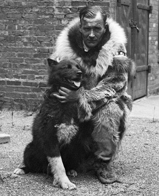 Gunnar_Kaasen_with_Balto