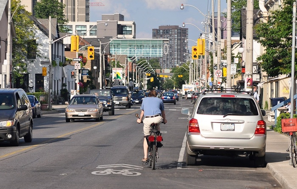 Sharrows_Toronto_2011