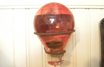 Snohomish_-_Blackman_House_Museum_-_Comet_fire_extinguisher_02