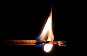 wood-fire-hot-glow-21462