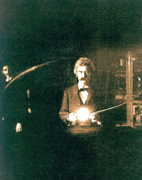 Mark_Twain_in_the_lab_of_Nikola_Tesla;_1894