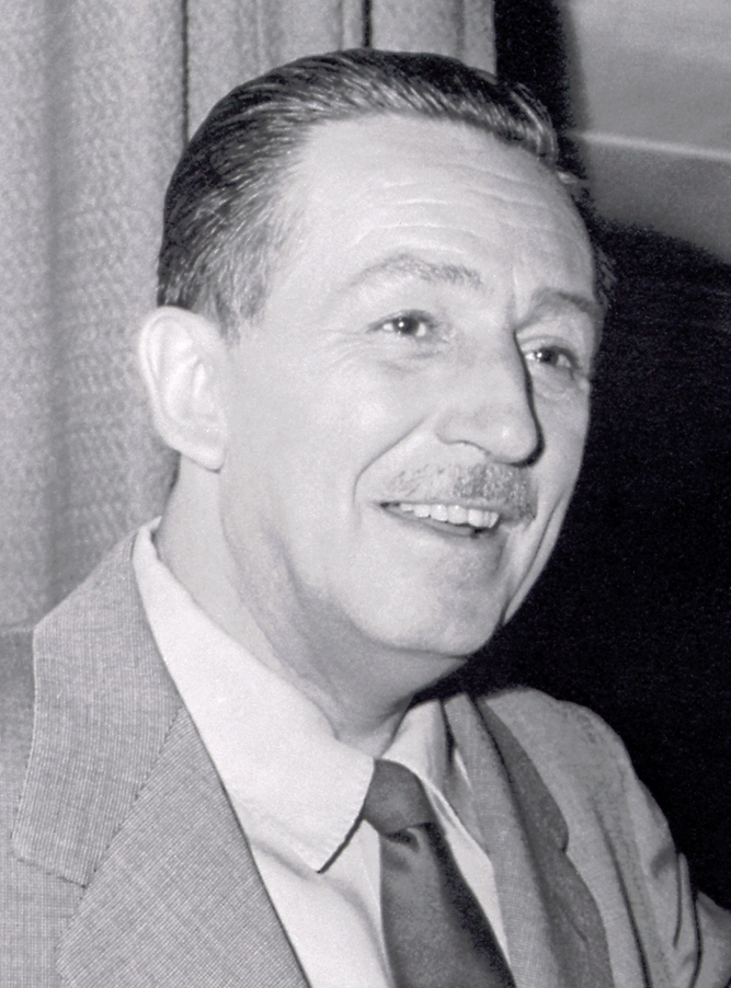Walt_disney_portrait_right