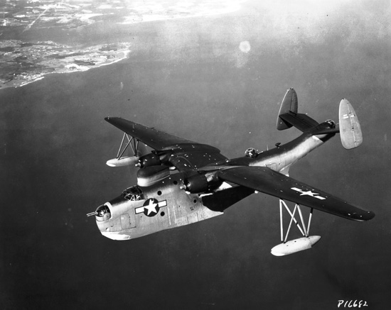 Martin_PBM-5_Mariner_in_flight,_circa_in_1945_(SDASM_00006374)