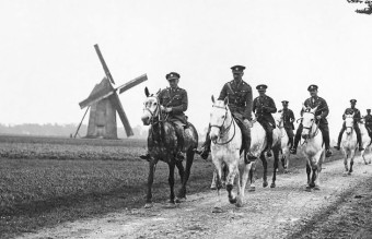 NLS_Haig_-_C.O._of_the_Royal_Scots_Greys_with_his_staff