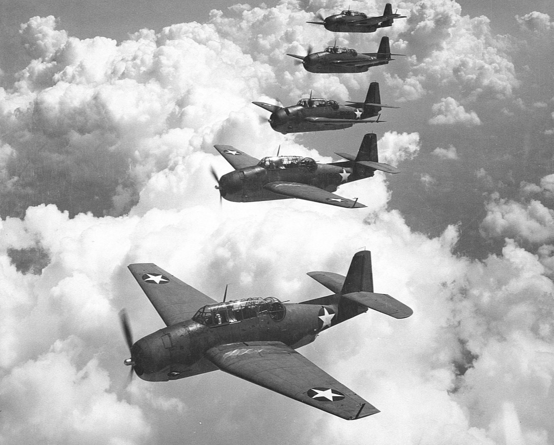 TBF_(Avengers)_flying_in_formation