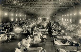 Emergency_hospital_during_Influenza_epidemic,_Camp_Funston,_Kansas_-_NCP_1603