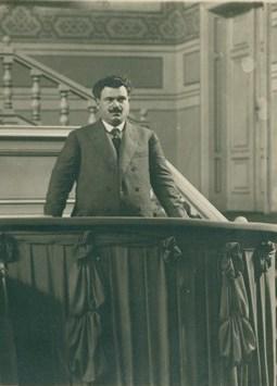 BASA-950K-3-110-1-Aleksandar_Stamboliyski_in_Paris,_1921_(cropped)