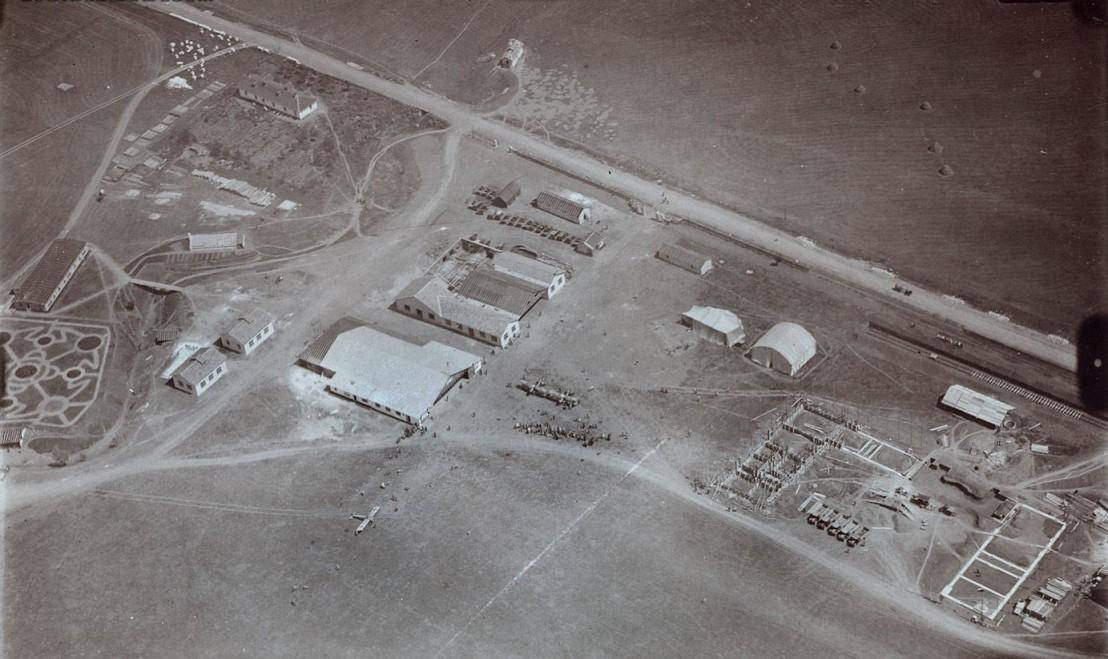 Bozhurishte_airfield