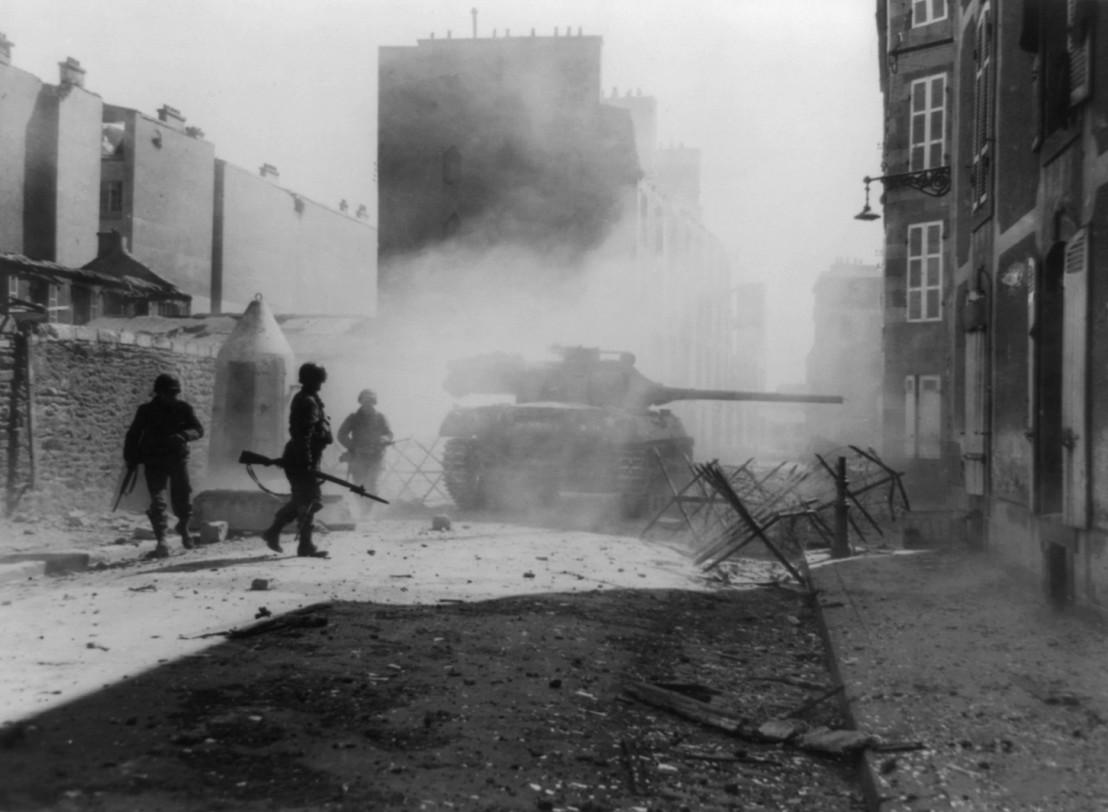 Sept_1944_brest_US_tank_m36_90707669