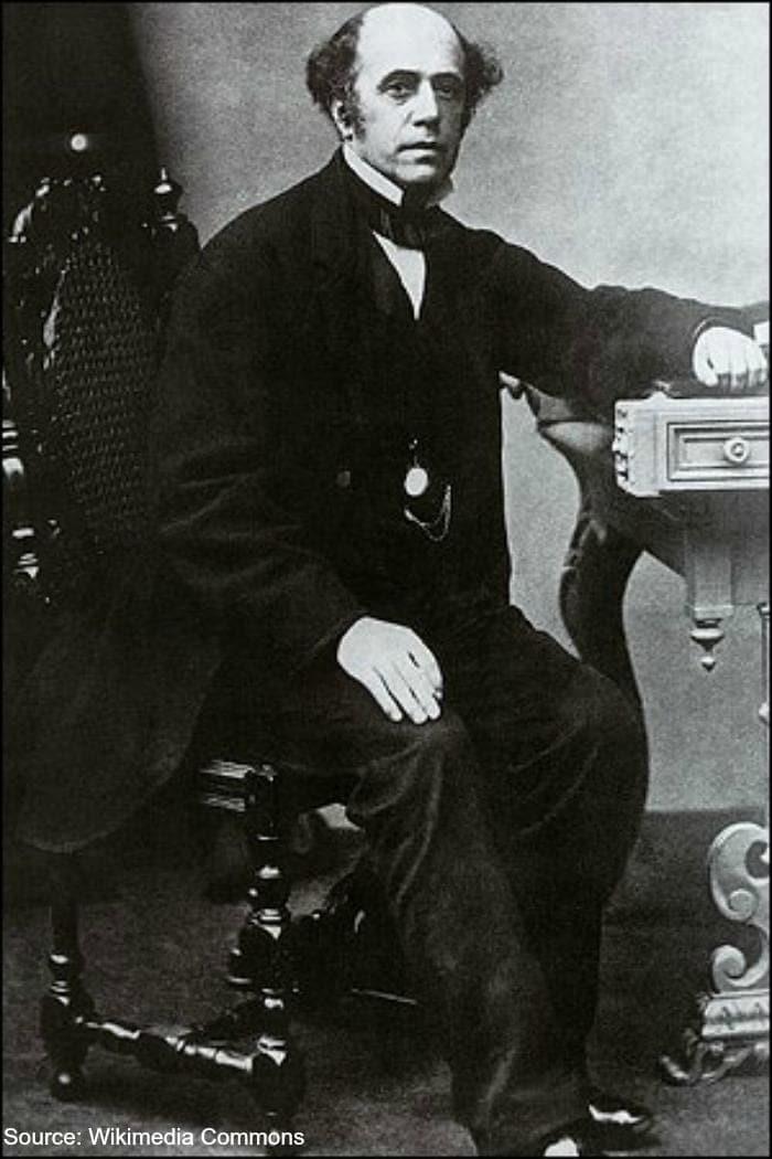 Thomas.Cook-pic