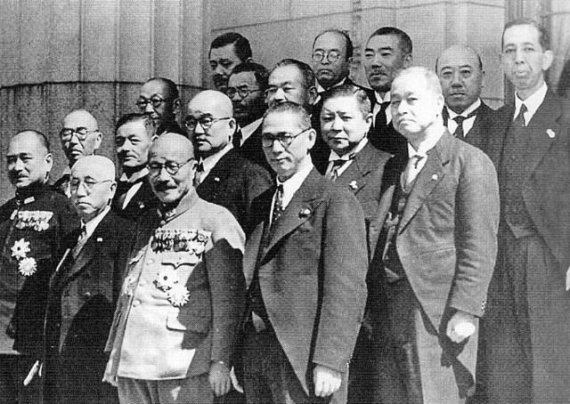 Cabinet_of_Hideki_Tojo_3