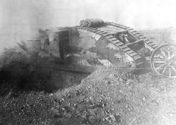 1280px-Mark_I_series_tank_in_action