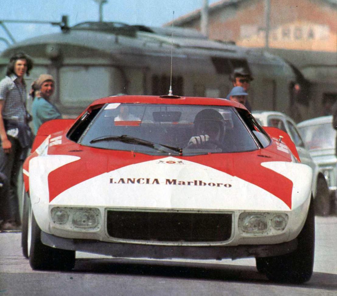 Sandro_Munari_-_Lancia_Stratos_Marlboro_Prototype_(1973_Targa_Florio)_(cropped)