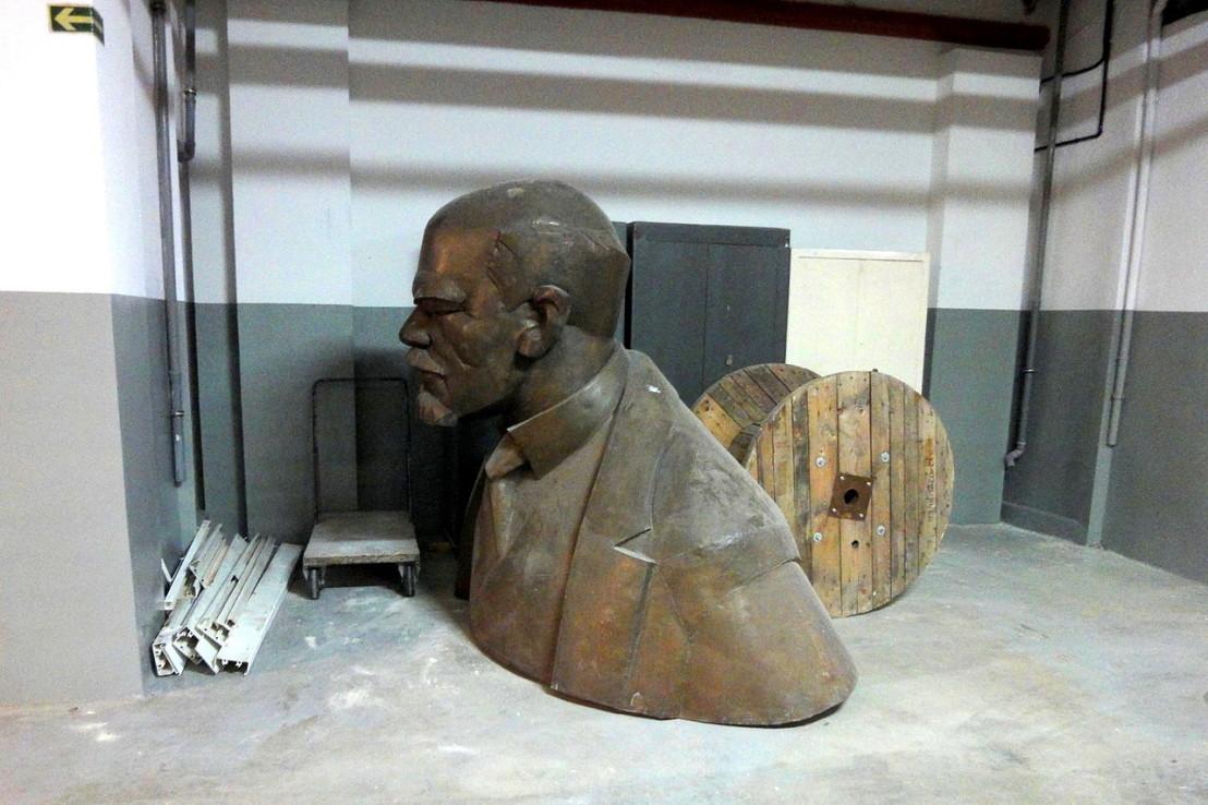 A-Lenin