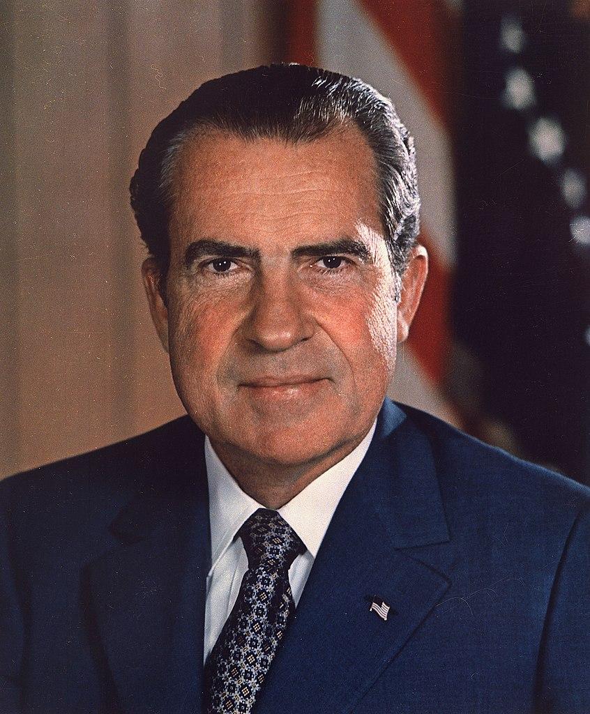 846px-Richard_Nixon_presidential_portrait