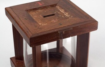 Glass_ballot_box_-_Smithsonian