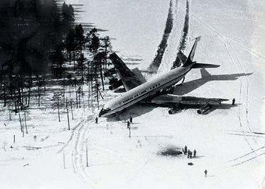 Korean_Air_Lines_902_on_land