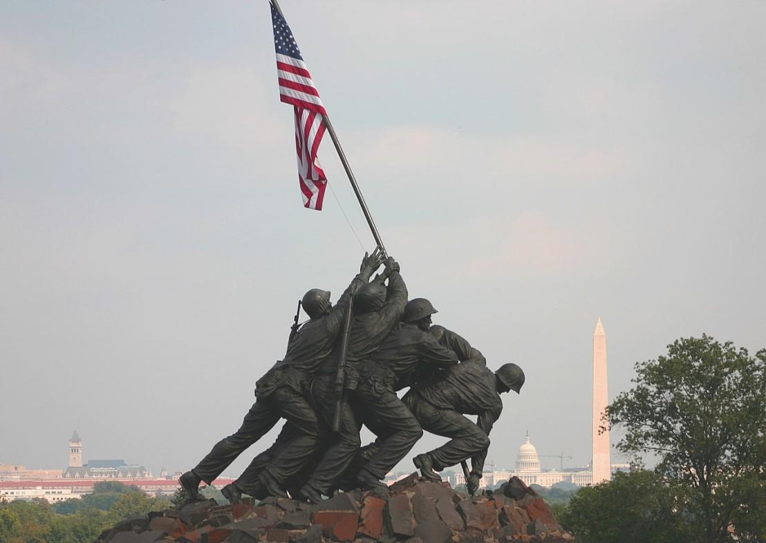 1280px-Marine_Corp_Memorial_Iwo_Jima