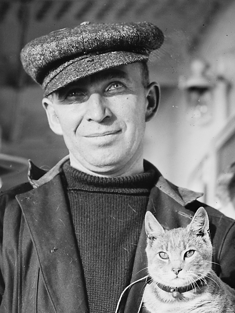 M._Vaniman_and_cat