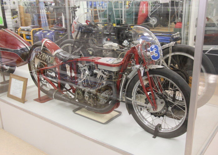 1920_Indian_Scout_Land_Speed_Record_Motorcycle_(14605496828)
