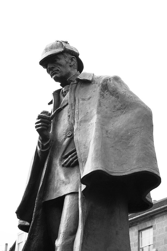 682px-Statue_of_Sherlock_Holmes_in_Edinburgh