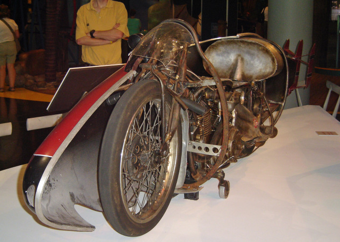 Burtmunro1920indian