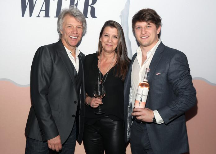 Hampton Water Rosé Celebrates LA Launch At Harriet's Rooftop