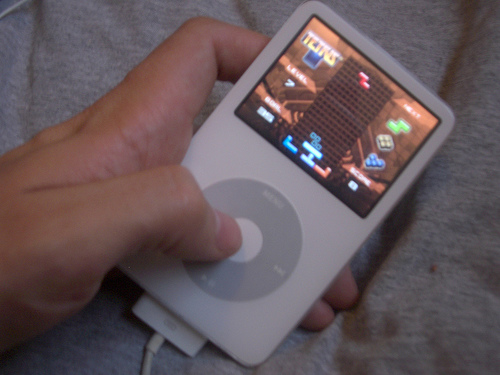 Tetris_on_an_iPod