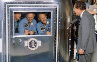 1024px-President_Nixon_welcomes_the_Apollo_11_astronauts_aboard_the_U.S.S._Hornet