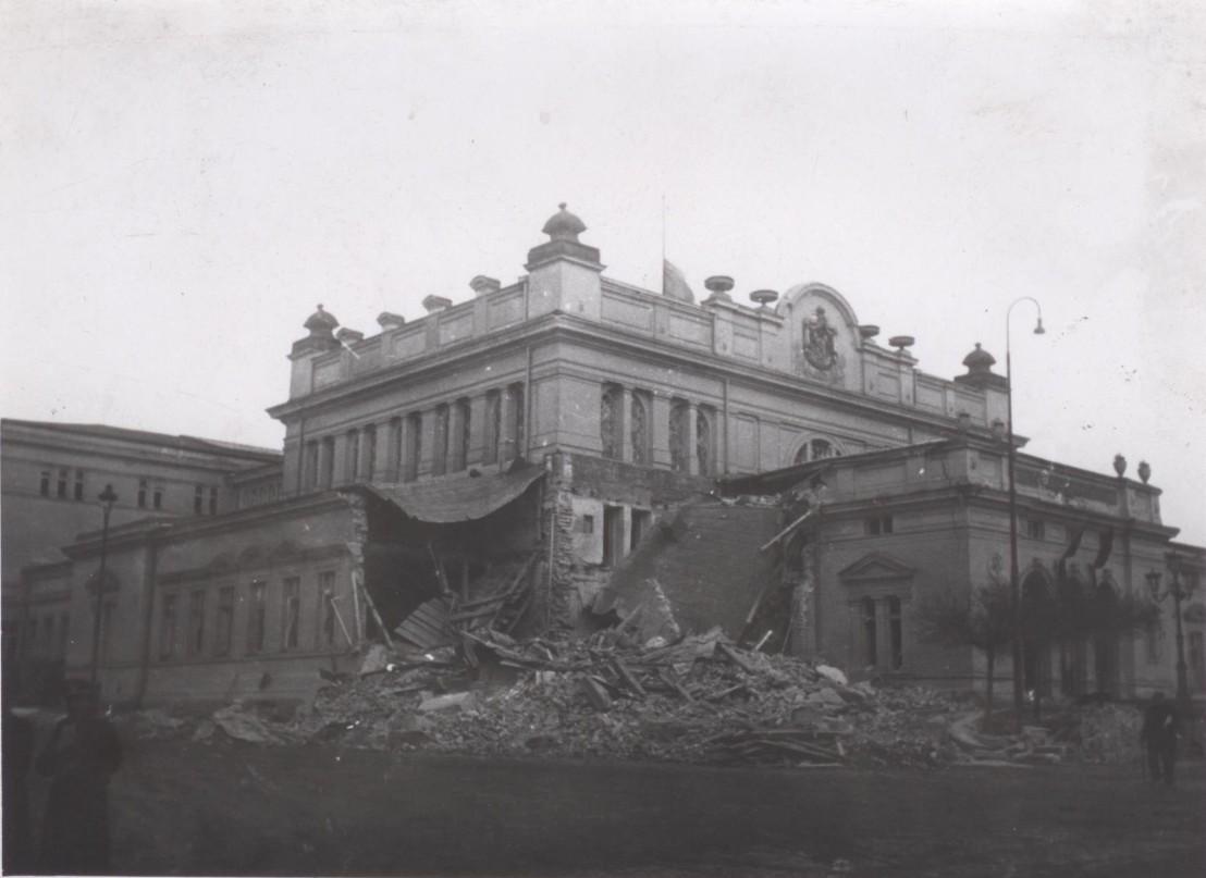 BASA-45K-1-18-19-National-Assembly-Sofia-WW2